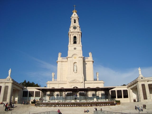 BASILICA OF OUR LADY OF THE ROSARY fatima portugal