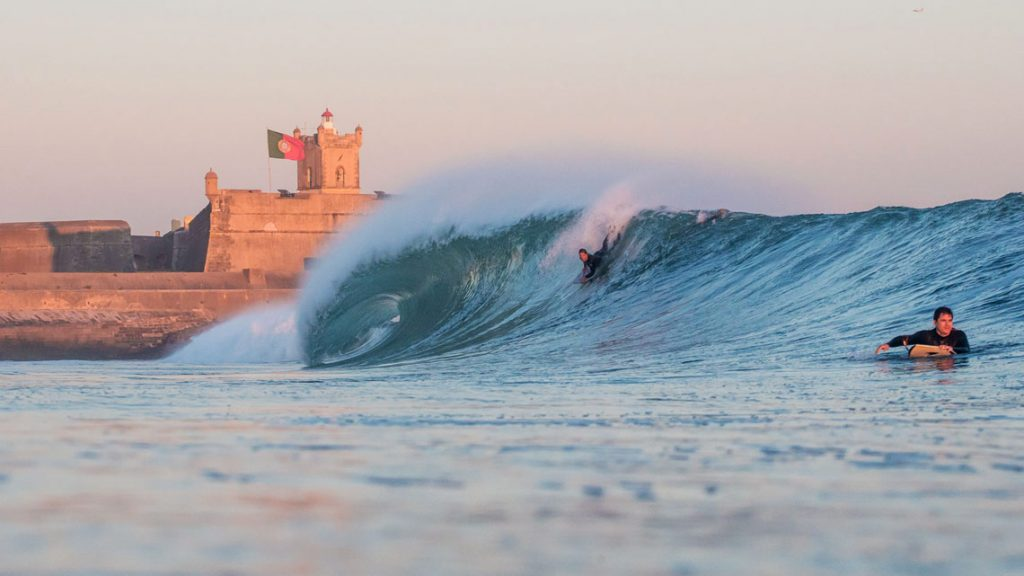 surf in carcavelos