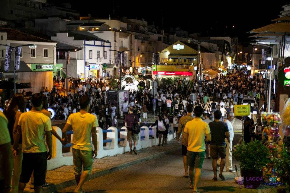 GOING OUT AT NIGHT IN CARVOEIRO