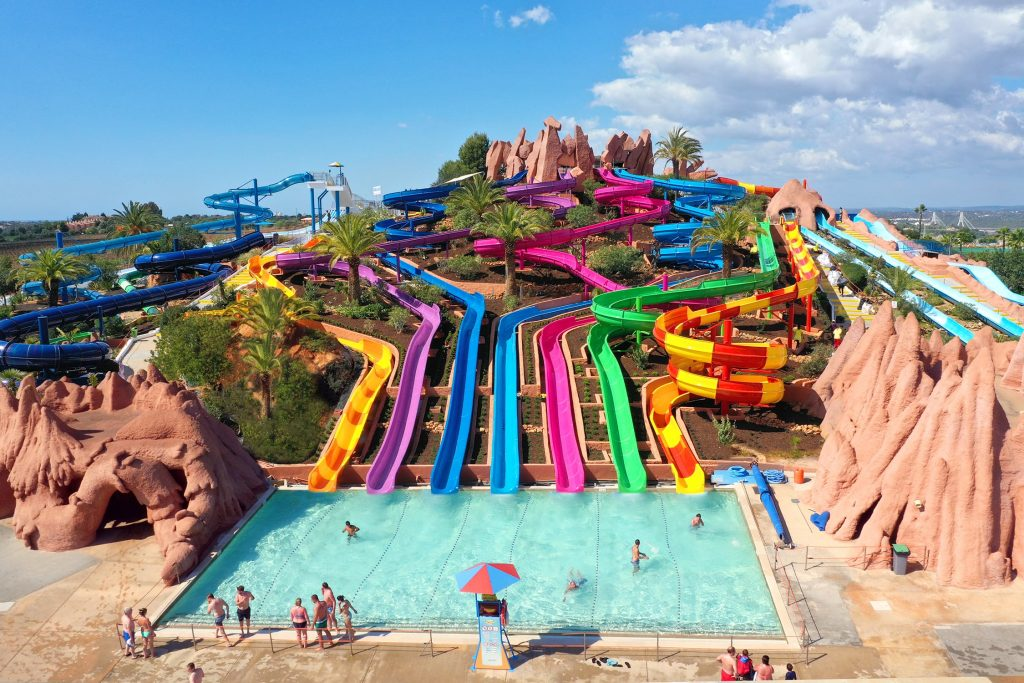 GO TO A WATER PARK IN ALBUFEIRA